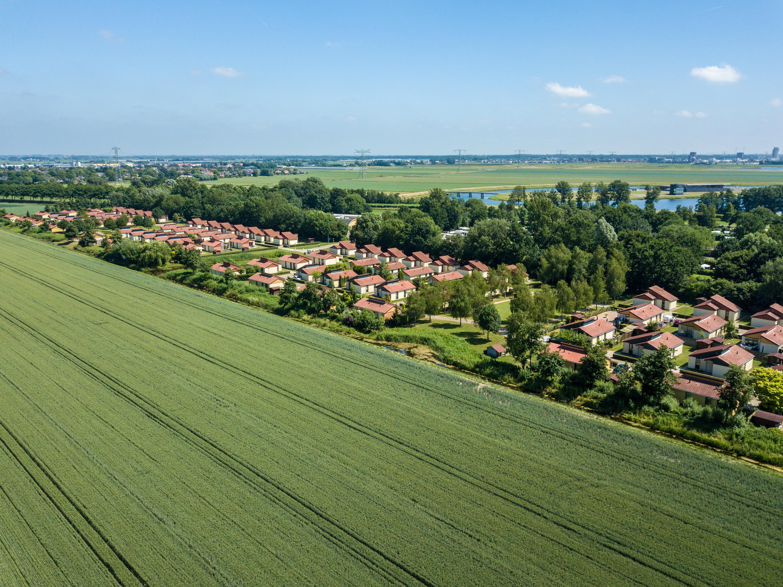 Het bungalowpark gezien van uit de lucht, prachtig!